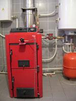 Отопление - это, несомненно, одна из важнейших коммуникаций любого дома, в том числе загородного коттеджа.