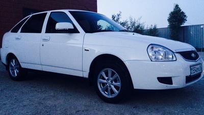 Lada Priora хэтчбек — автомобиль для города
