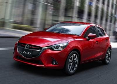 Обновленный хетчбэк Mazda 2 был представлен публике