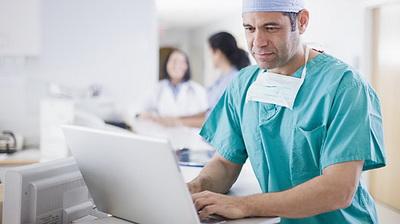 Столичные врачи будут принимать пациентов по Skype