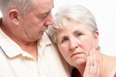 Болезнь Альцгеймера: факторы риска и особенности протекания